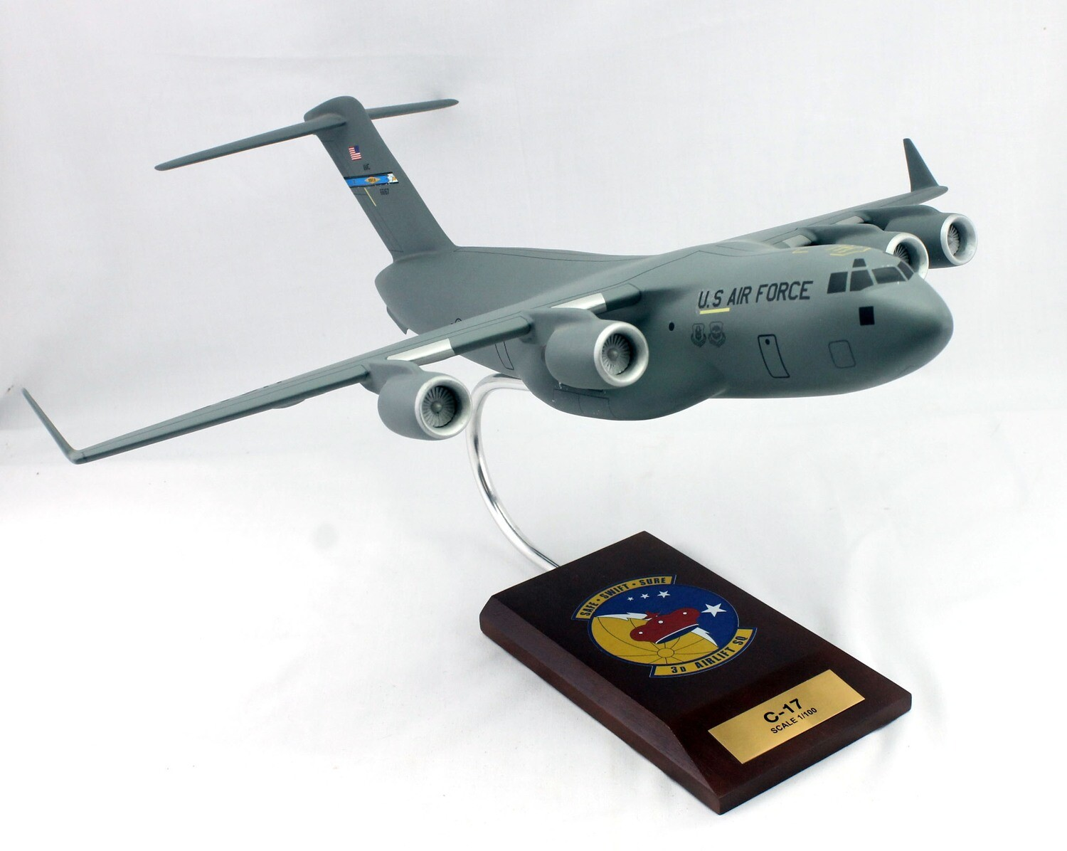 Mastercraft Collection C-17 Globemaster III 1/100 436 wing 3rd Air Lift Squadron  (Dover AFB)
