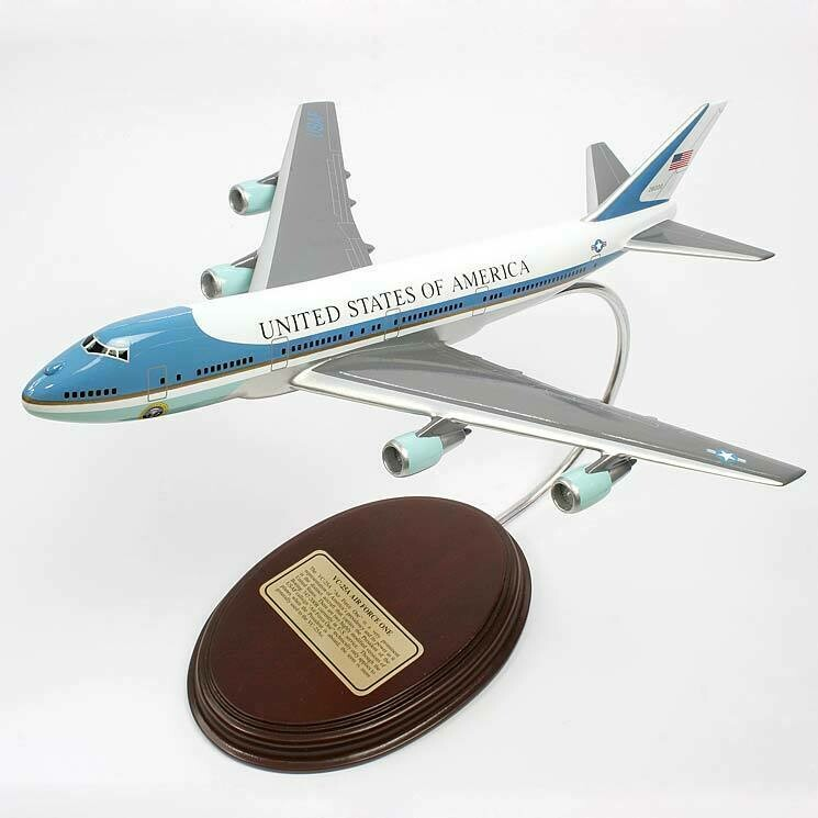 VC-25A Air Force One Desktop Model Aircraft