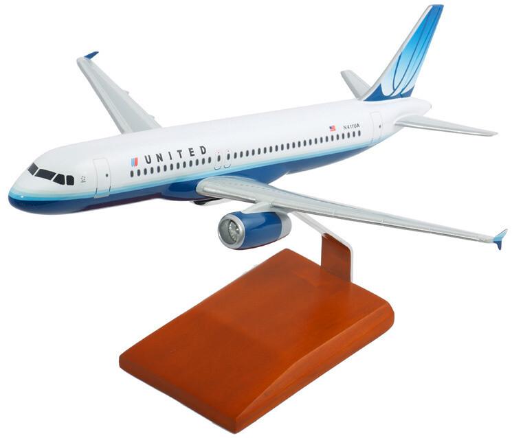 A320 United 1/100 Aircraft Model