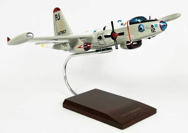 P2V-7 Neptune 1/72 Model Airplane