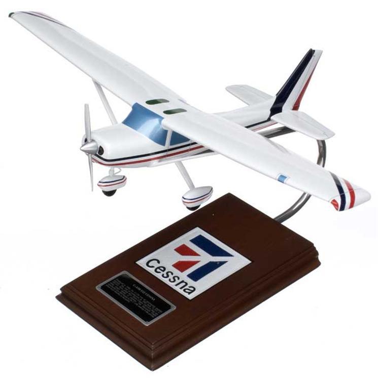 Cessna Model C-150/152 1/24 Scale Model Aircraft