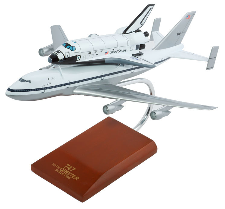 B747 with Endeavour (Piggy Back) 1/200