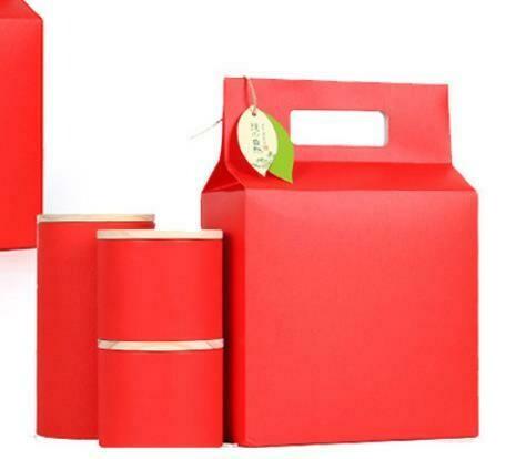 "269023.2 Сумка подар. ""Red"" БЕЗ БАНОК  для 4 мал.банок 269019b h=30см, размер=21*11см, картон"