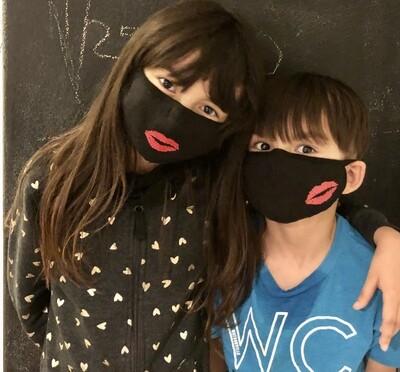 Bésame Mucho Mask