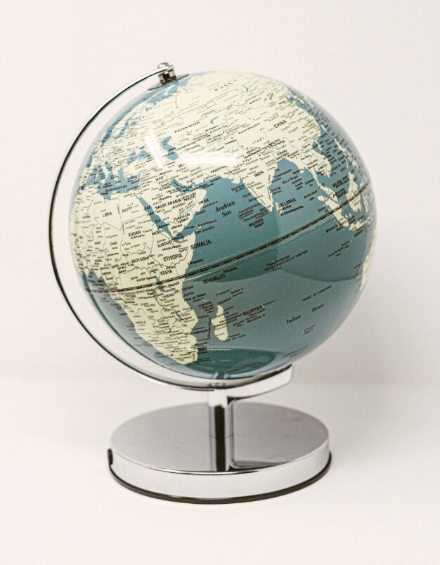Globe Light  10