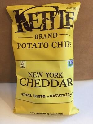 Chips / Big Bag / Kettle Chips NY Cheddar 5 oz