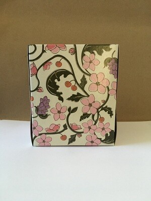 Household / Paper / Natural Value Facial Tissue