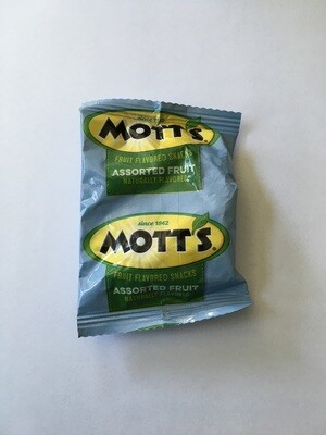Candy / general / Motts Fruit Snacks.