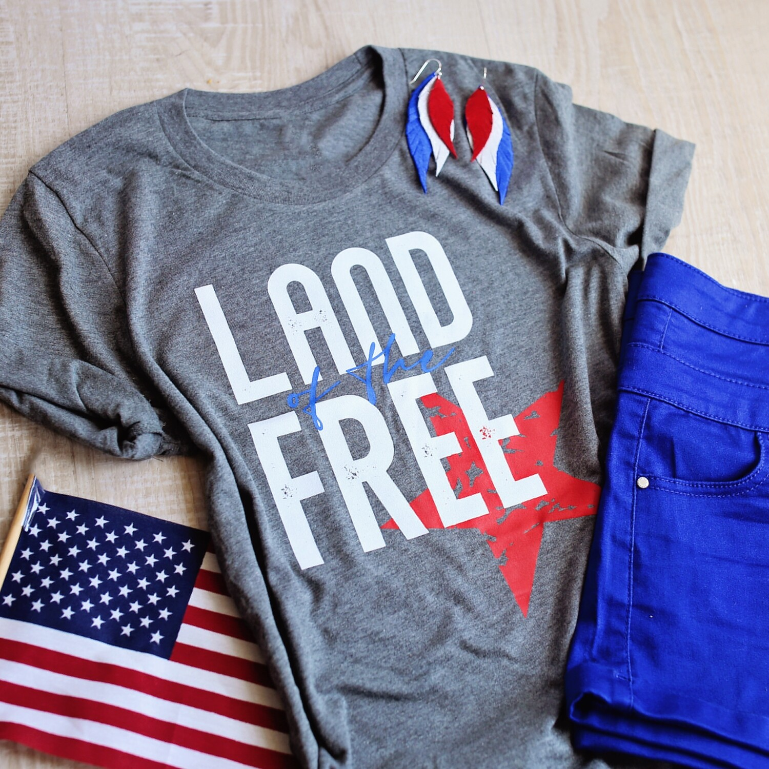 Grey 'Land of the Free' Tee