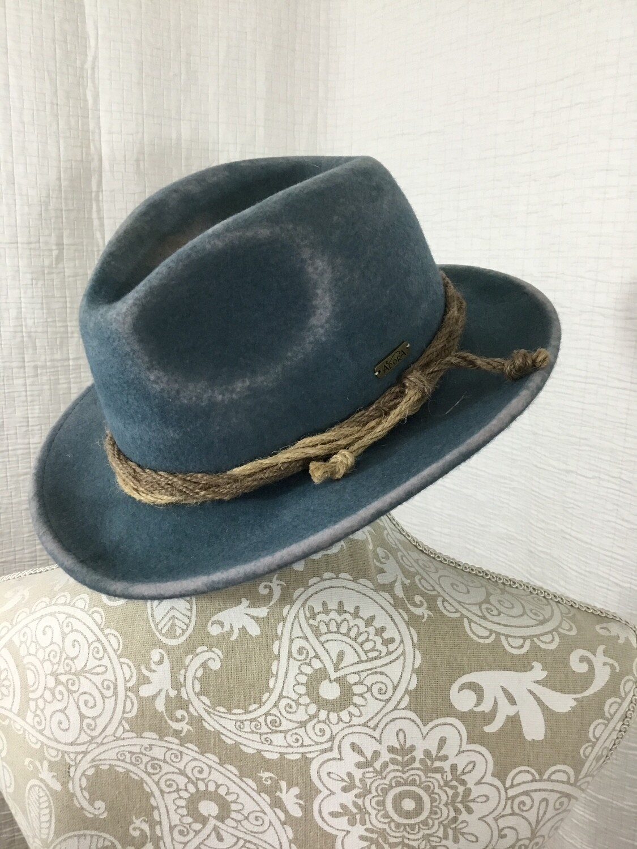 725 adora blue wool hat womens 080720
