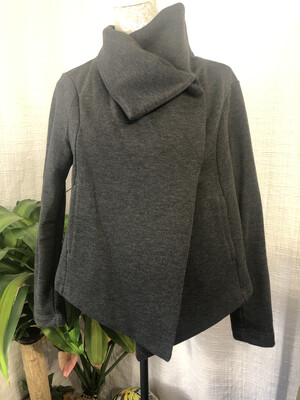 582 Lucy gray Cardigan WMN M 051320