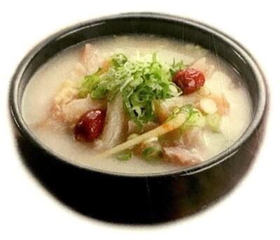 Beef Tendon Soup (도가니탕)