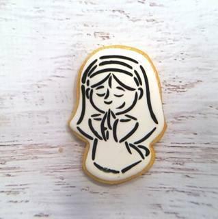 Mary 01