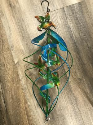 Hanging Twirler
