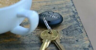 Mila Key Finder - Black