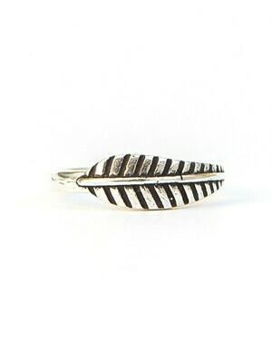 Fair Anita Feather Ring Silver Plated sz9