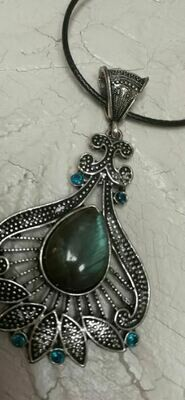 Labradorite Pendent Sterling Silver Necklace