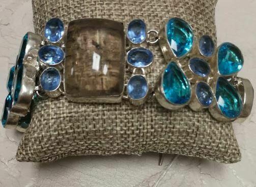 Clear Labradite with Aquamarine Stones