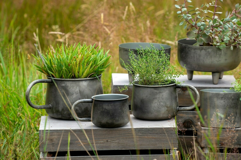 Medium Patina Mug Pot