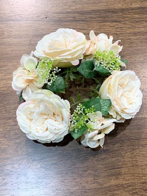 Mixed Rose & Hydrangea Candle Ring, Cream/Peach