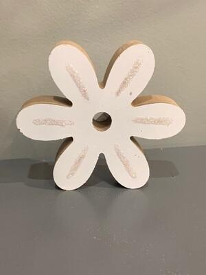 Flower Shelf Sitter White