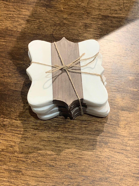 Quatrefoil Marble Coaster Set