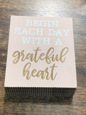 Grateful Heart Box Sign