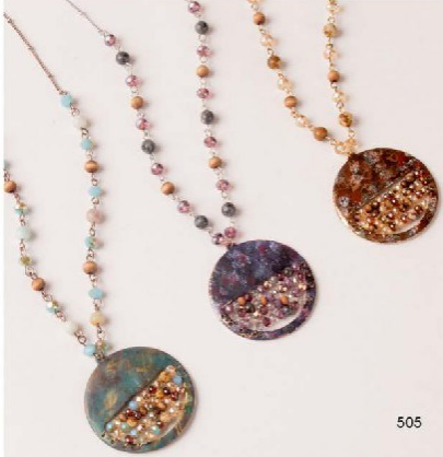 W Circle Necklace