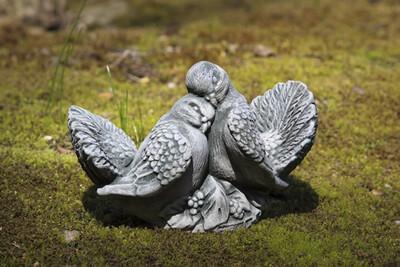 Dove Small Pair