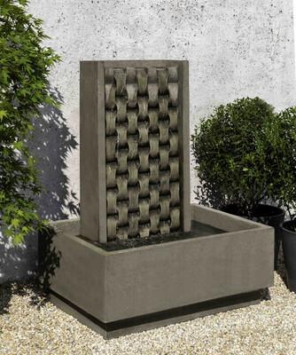 M weave fountain