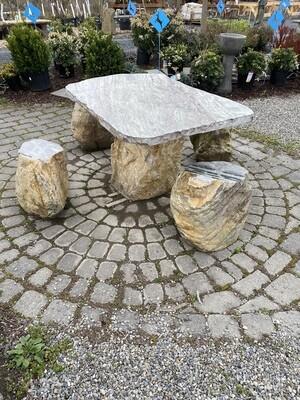 Table Typhoon Jade w/ 4 Seats