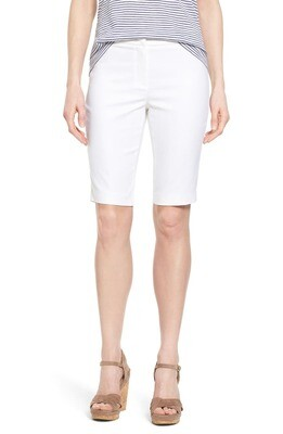 Nic + Zoe White Bermuda Shorts - 10