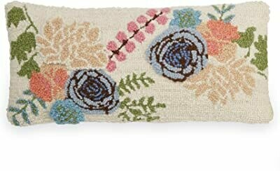 LUMBAR FLORAL HOOK WOOL PILLOW