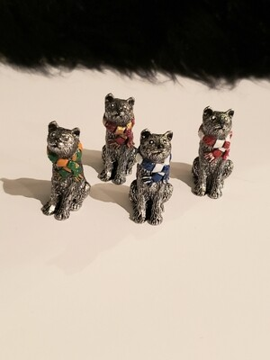 Pewter Cat with Scarf Figurines - Diane Sams
