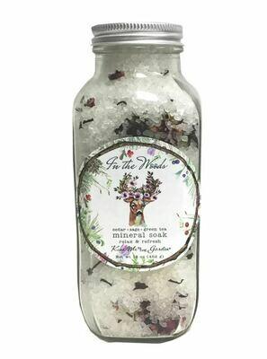 In the Woods Mineral Soak Cedar, Sage & Green Tea 16 oz