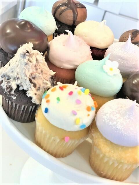 6 Assorted Babycakes