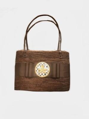 Straw bag brown with leaf medallion