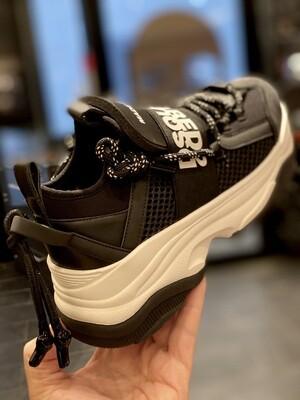 D2 - Sneakers 617 MONSTER BUMPY, black