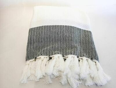 SL023 Herringbone Bi-Color Throw - White/Black