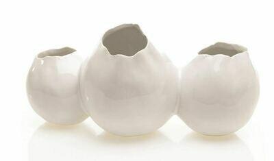 AR070 Triple White Gallery Vase