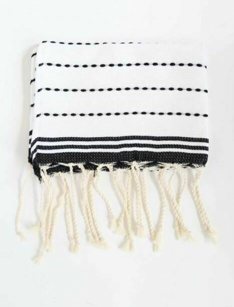 SL143 Fouta Stitches Bi-Color White/Black