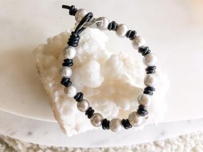 TD298 Grey Pearl Bracelet - Small