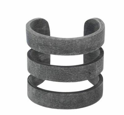 VO009 Buffalo Horn Cuff - 3 Band - Dark Grey