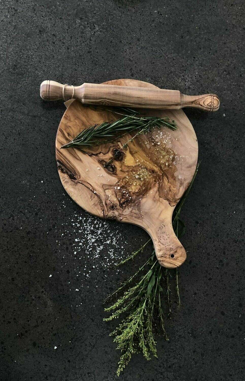 "SL046 Olive Wood Round Pizza Board 10"""