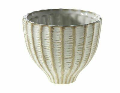 AR037 Taupe Ridged Vase