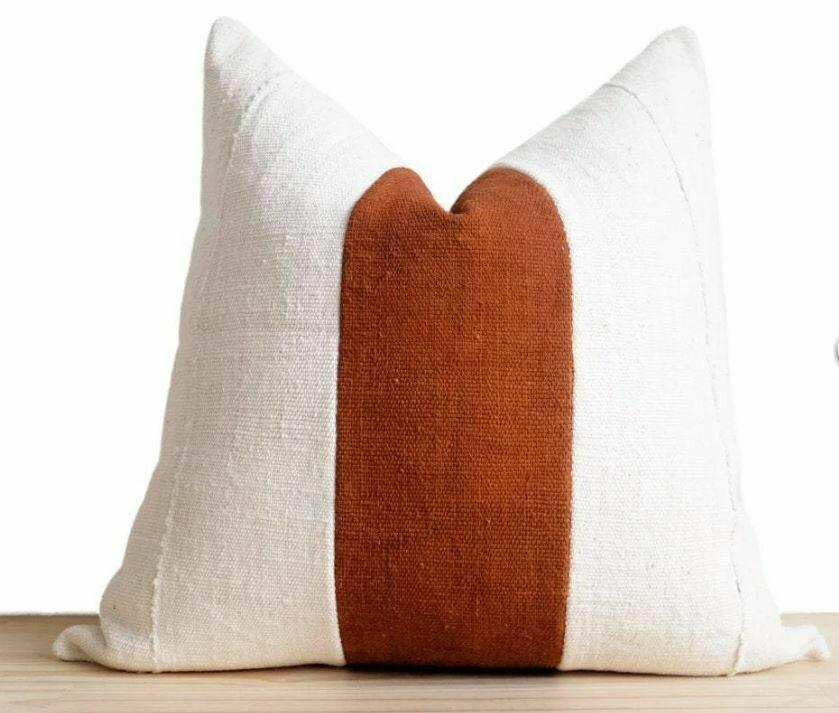 """CB010 Rust Pillow 17"""" x 17"""""""