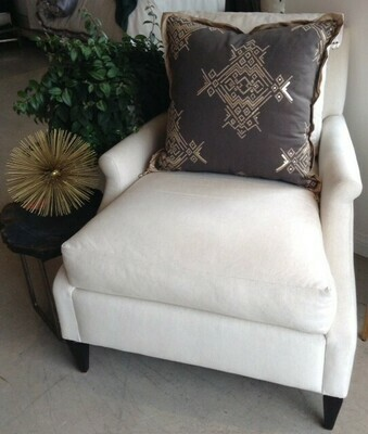 BY108 Trousdale Chair