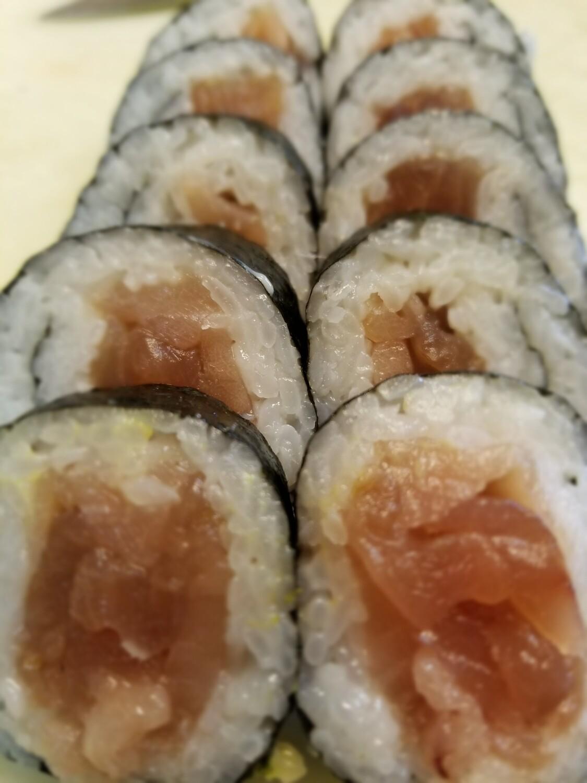 Tuna Roll (Jumbo)