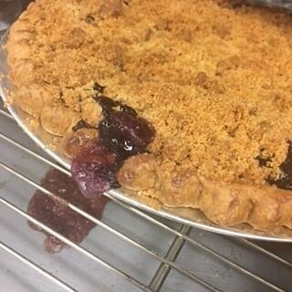 Pie / blueberry crumb streusel
