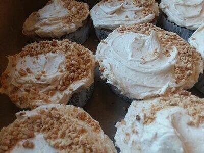 Hunk O' Burnin' Love Mini Gluten Free Cakes
